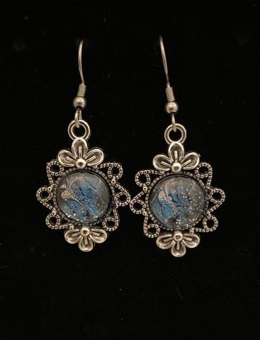 Kynsilakka korvakorut kukka sininen