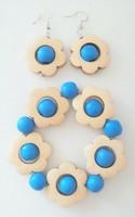 Kukkais-korusetti, sininen