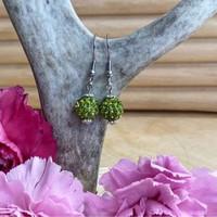 Bling-korvakorut, vihreäoliivi