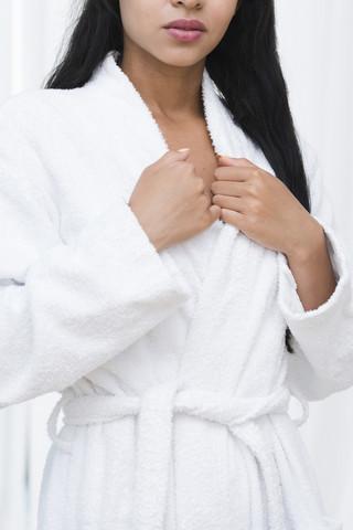 Kylpytakki rintanimikoinnilla