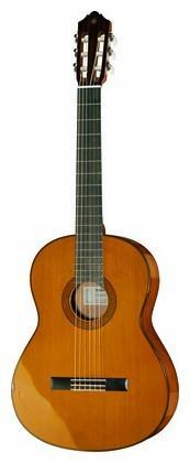 Yamaha CG162C  Nylonsträngad gitarr 4/4-storlek