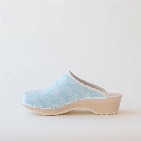 Traditional clog Feather, light blue