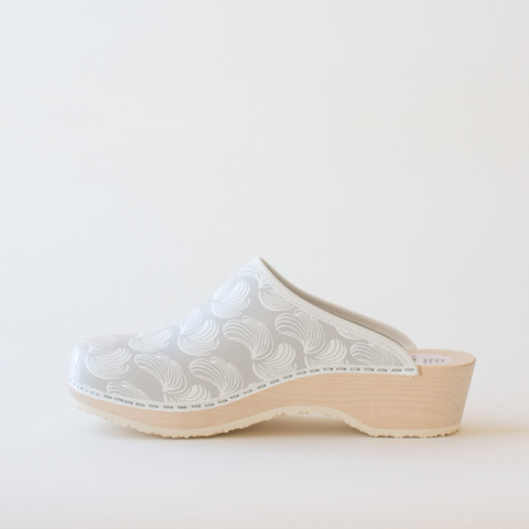 Traditional clog Feather, grey