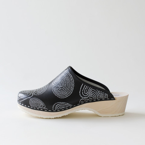 Clogs Jatuli, black