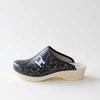 Traditional clog, Lande black