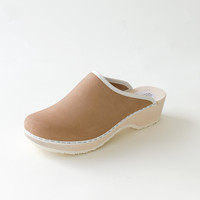 Traditional clog, latte (nubuck)