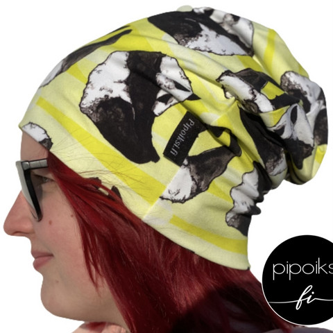 Ready made product. Kuperkeikka wrinkled beanie. Several colors.