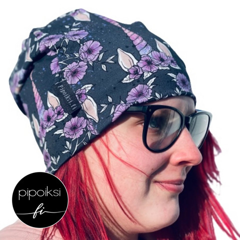 Ready made product. Uniflower wrinkled beanie.