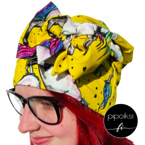 Custom made product. Bow beanie. Several different patterns. S-XXL