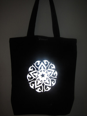Heijastava kassi Liljankukka (EarthPositive Fashion Tote Bag)