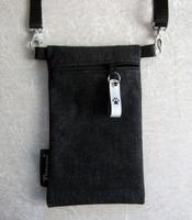 Kännykkäpussi heijastavalla vetoketjunvetimellä