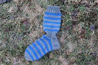 Raitasukat, koko 42-43, harmaa-kirkas sininen