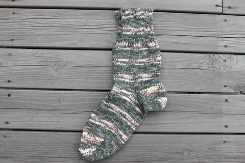 Harmaakirjavat sukat 39-41, värikoodi 103