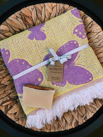 Jacquard Hammam Towel & Hand made Goat's Milk Soap Set