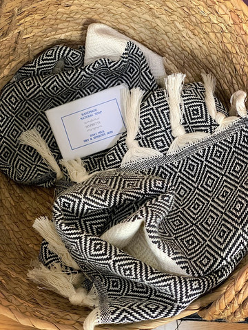 Diamond Hammam Hand Towel & Hand made Olive Oil  Lavender Soap set