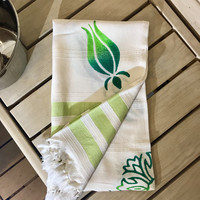 Bamboo Hammam Towel Natural White with Green Flower Wooden Print