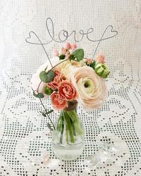 Ilontuoja- Love