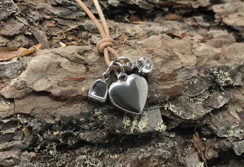 Menden heart -necklace