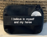 UUSI:I believe in myself and my horse -laukku, musta