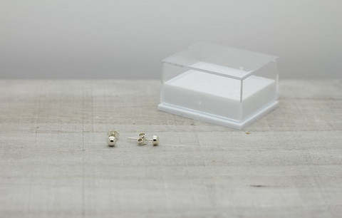 Sterling silver earrings 4mm