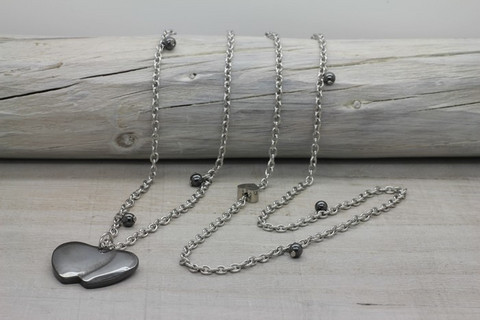 Hematite together -necklace