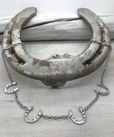 Onni - four horseshoes necklace 45cm