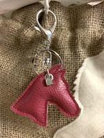 Grando -avaimenperä, aniliininpunainen