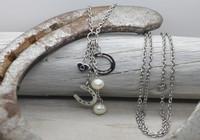 Onni - horseshoe necklace 90cm