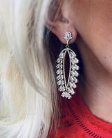 Snö of Sweden- Kathy oval pendant ear