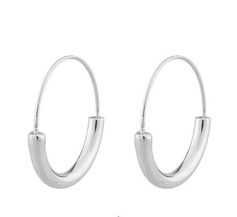 Snö of Sweden- Lowa Ring Earring. USEITA VÄRIVAIHTOEHTOJA!