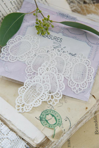 Jeanne d'Arc Living Lace flacon - hvid