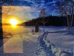 Pikku led-taulu talvinen aurinko
