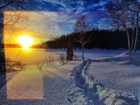 Led-taulu 20x15cm talvinen aurinko