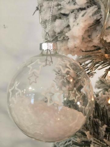 Tähti lasipallo, lumi