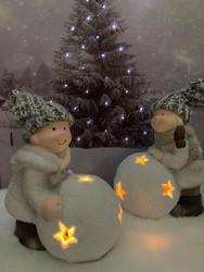 Lumipallo lapset led-valoilla