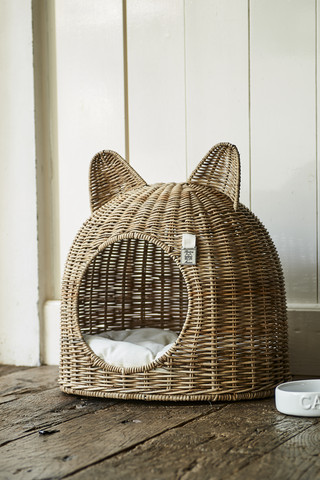 Lovely Kitten Cat House