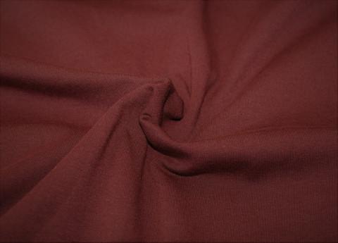 Viininpunainen, trikoo