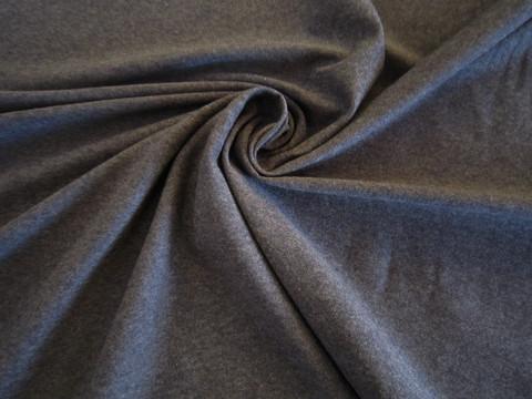 Tumman harmaa meleerattu, trikoo