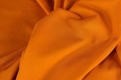 Vaalea oranssi, resori