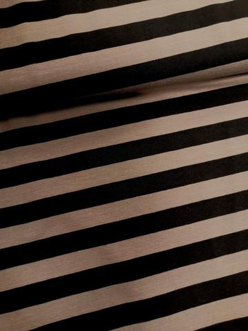 Musta-harmaa tasaraita trikoo