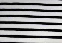 Valko-musta raitatrikoo