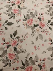 Valkoinen romanttinen ruusu, trikoo