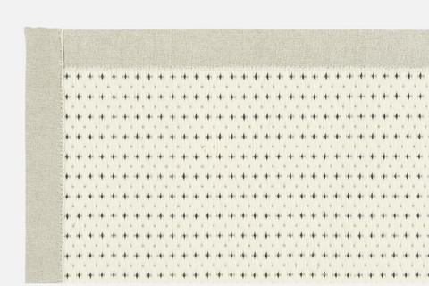 Valkea / Design Liina Blom  (Valkoinen - musta)