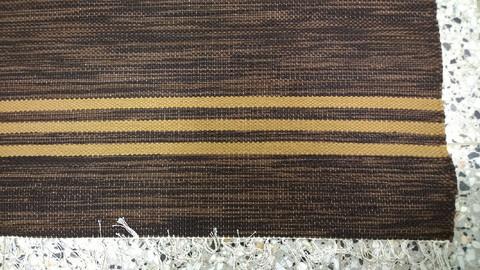 Räsymatto, ruskea raita