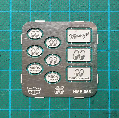 HME-055, MOONEYES car club plaques