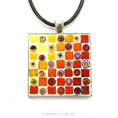 Halsband, fyrkantig, röd, inspiration