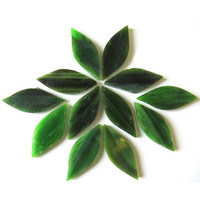 Small petals, Green, 12 pcs