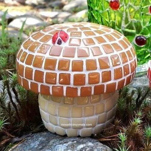 Pieni Mosaiikkitatti, DIY