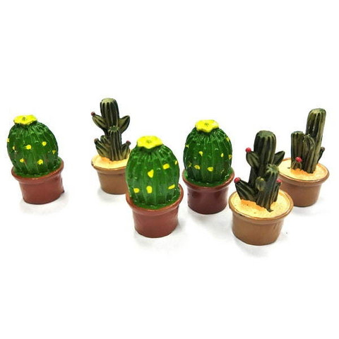 Cactuses, assorted, 3 cm, 6pcs
