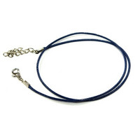 Pendant necklace with lock, waxed, dark blue